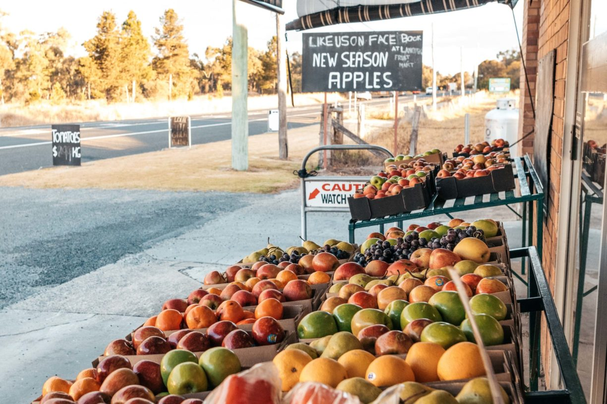 Road-Side-Fruit-Mart-Applethorpe