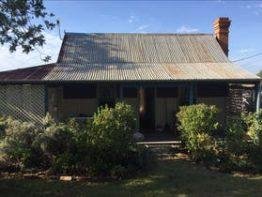 Rachel's Cottage, Texas | Southern Queensland Country