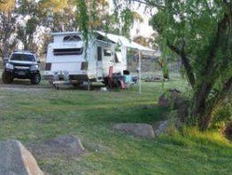 Country Style Caravan Park, Glen Aplin | Southern Queensland Country