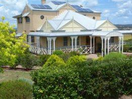 Grovely House Bed & Breakfast, Stanthorpe | Southern Queensland Country