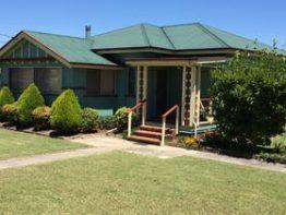 Froggies Holiday House, Stanthorpe | Southern Queensland Country