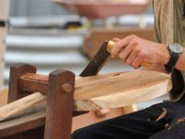 Rustic Furniture Workshop – Shaving Horse